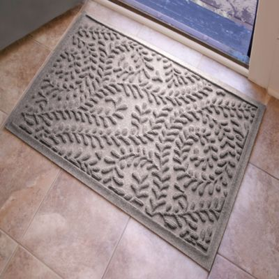 Weather Guard™ Boxwood 2-Foot x 3-Foot Doormat in Medium Grey