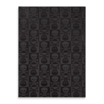 Garland Skulls 5-Foot x 7-Foot Rug in Black