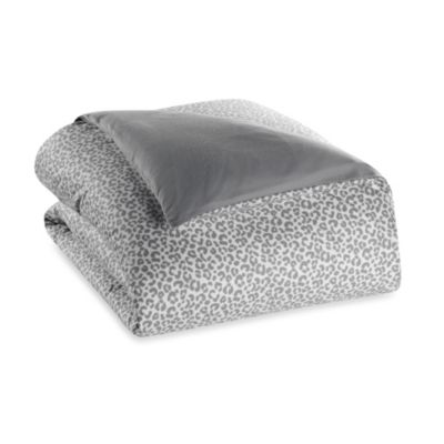 The Seasons Collection® Flannel Twin Reversible Duvet Cover in Cheetah/Solid