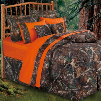 Oak Camo 7-Piece Queen Comforter Set in Camo