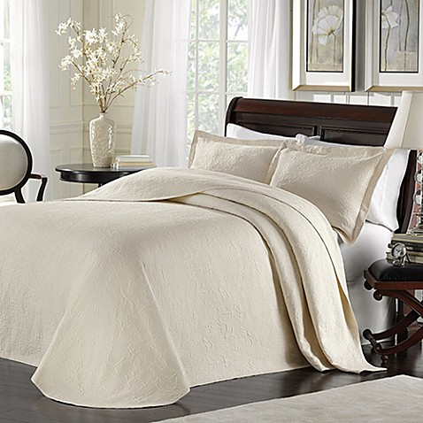 Lamont Home™ Majestic King Bedspread in Ivory