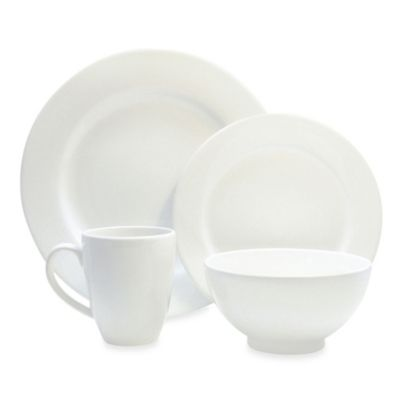 Waechtersbach Fun Factory 16-Piece Dinnerware Set with Jumbo Mugs in White