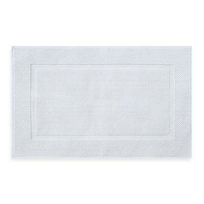 Wamsutta® Jacquard 20-Inch x 33-Inch Ring-Spun Cotton Bath Rug in White