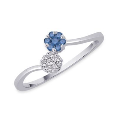 10K White Gold Blue and White Flower 0.375 cttw Diamond Size 7 Ring