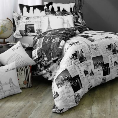 Passport London and Paris Reversible Full/Queen Duvet Cover Set in Black/White