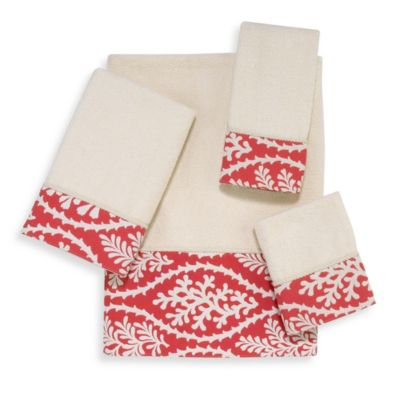Avanti Coral Cay Fingertip towel in Ivory