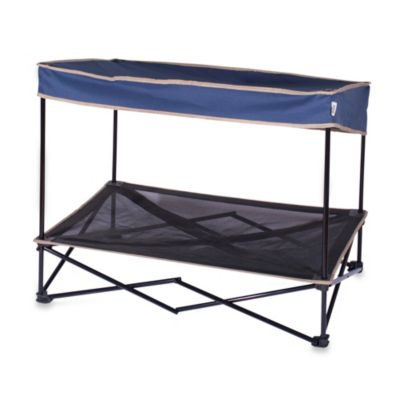 Quik Shade Medium Outdoor Instant Pet Shade with Elevated Mesh Bed in Navy