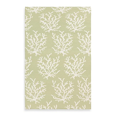 Aventura 5-Foot x 8-Foot Rug in Lettuce Leaf with White