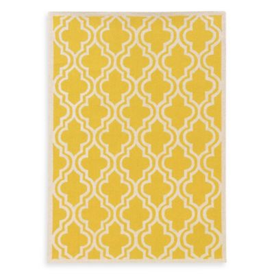 Linon Home Silhouette Collection 2-Foot x 3-Foot Quatrefoil Rug in Yellow/White