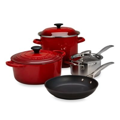 Le Creuset® 7-Piece Cookware Set in Cherry