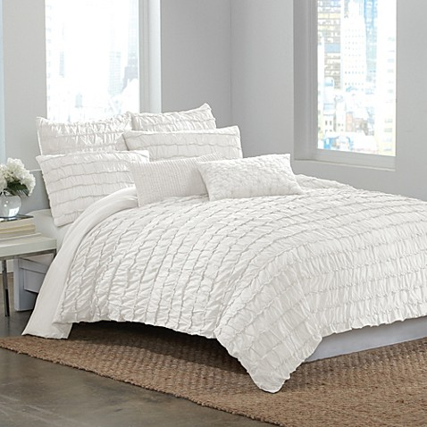 DKNY Ruffle Wave Twin Duvet Cover in White