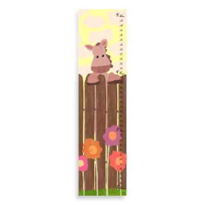 Green Leaf Art Horse On Fence Growth Chart