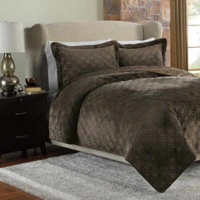 Plush Reversible Mink-to-Satin Quilt and Sham Set in Chocolate