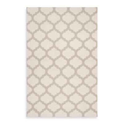 Evesham 5-Foot x 8-Foot Rug in Oatmeal/White