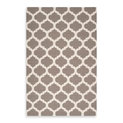 Evesham 2-Foot 6-Inch x 8-Foot Runner in Taupe/White