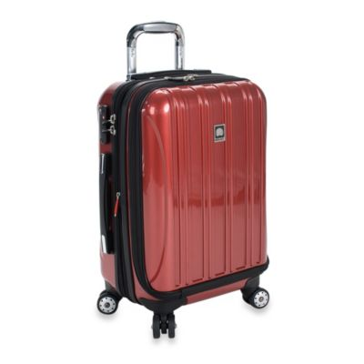 DELSEY Helium Aero 19-Inch Carry-On Spinner in Red