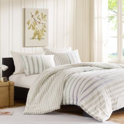 Green Striped Comforter