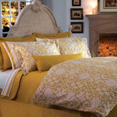 Downtown Company Urban Quilted Cotton Twin Coverlet in Napel Gold