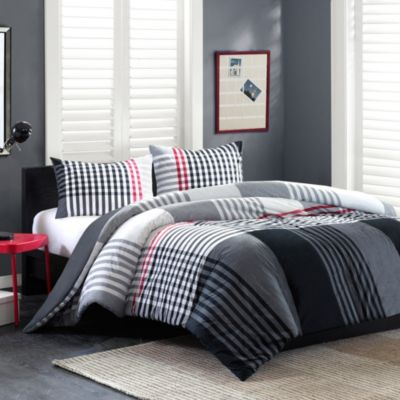 Ink+Ivy Blake Duvet Cover and Sham Set