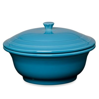 Fiesta® Covered 70-Ounce Casserole Dish in Peacock