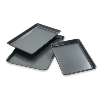 Chicago Metallic™ Professional Cookie/Jelly Roll Pans with Armor-Glide Coating (Set of 3)