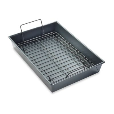 Chicago Metallic™ Professional Roaster and Rack with Armor-Glide Coating