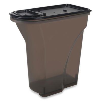 IRIS USA 8-Quart Airtight Pet Food Container in Smoke