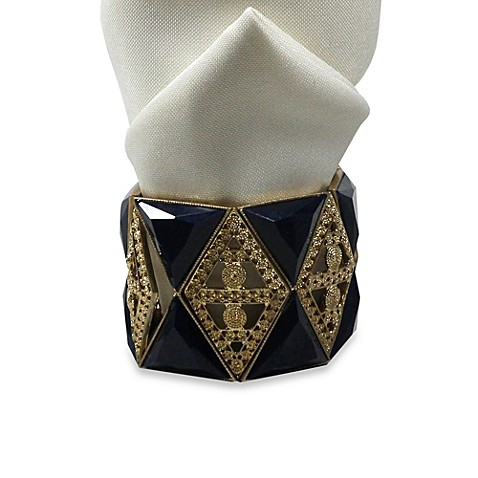 Carmona Intricate Triangle Napkin Rings (Set of 4)