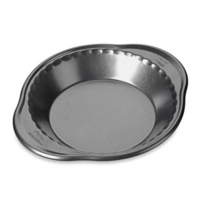 Wilton® Advance® Perfect Results 9-Inch Pie Pan
