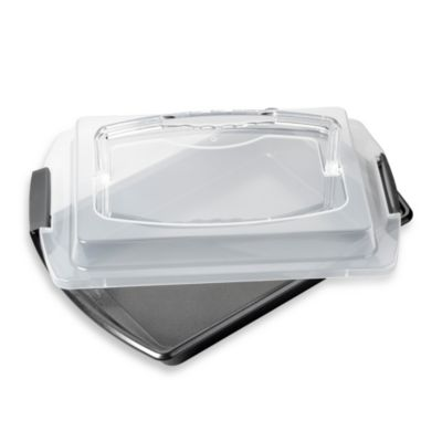 Wilton Advance® 9-Inch x 13-Inch Oblong Cake Pan with Cover