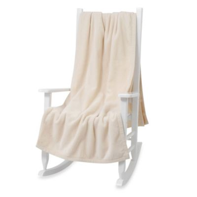 Downtown Company Granny Throw Blanket in White
