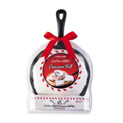 Holiday Cast Iron Skillet and Cinnamon Roll Mix Set