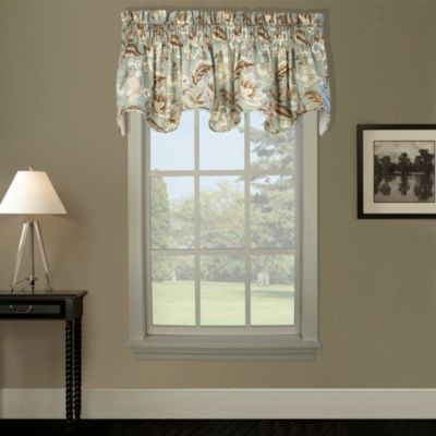 Valerie Lined Scallop Valance in Black