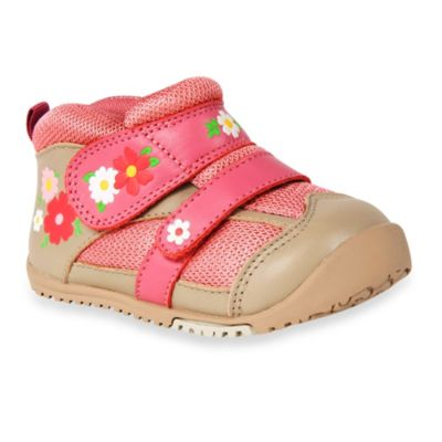 MomoBaby Field of Flowers Leather Sneakers in Pink