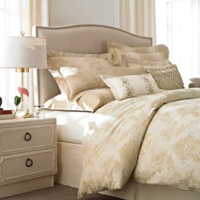 WamsuttaA French Country 4-Piece Comforter Set