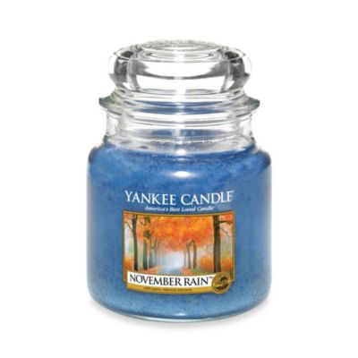 Yankee Candle® November Rain™ Medium Classic Candle Jar