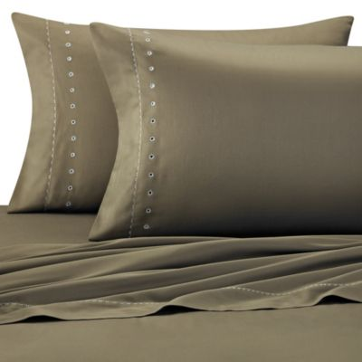 The Tallulah Collection by Kevin O'Brien Foglia Sheet Set in Moss