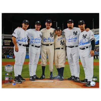 New York Yankees Yankee Stadium Final Game Pitchers/Catchers Perfect Game 16-Inch x 20-Inch Photo