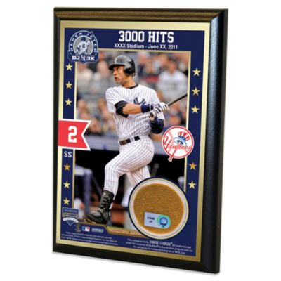 New York Yankees Derek Jeter Commemorative 3000th Hit 4-Inch x 6-Inch Authentic Field Dirt Plaque