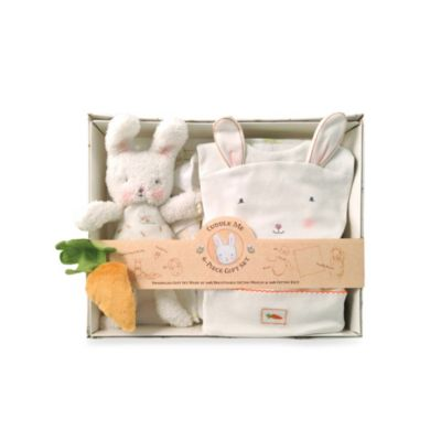 Bunnies By The Bay 6-Piece Bunny Cuddle Me Gift Set