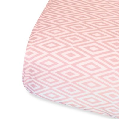 Oliver B Diamond Fitted Sheet Crib Sheet in Pink