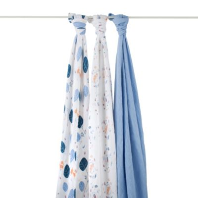 aden + anais® Organic 3-Pack Muslin Swaddles in Into The Woods