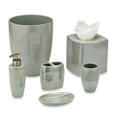 Akoya Pearlized Ceramic Toothbrush Holder in Seafoam
