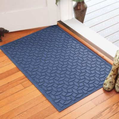 Weather Guard™ Ellipse 30-Inch x 45-Inch Door Mat in Navy