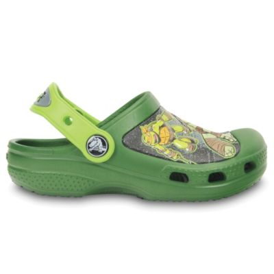 Creative Crocs Teenage Mutant Ninja Turtles™ Kids Size 4-5 Clogs in Green