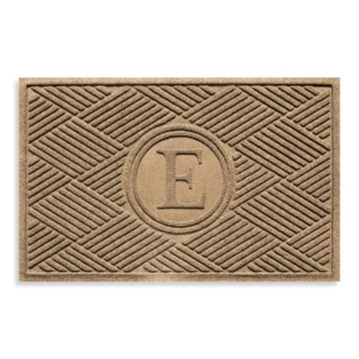 "Weather Guard™ Diamonds Monogrammed ""E"" 23-Inch x 35-Inch Door Mat in Camel"