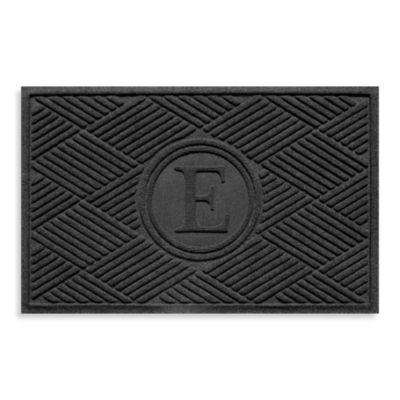 "Weather Guard™ Diamonds Monogrammed ""E"" 23-Inch x 35-Inch Door Mat in Charcoal"