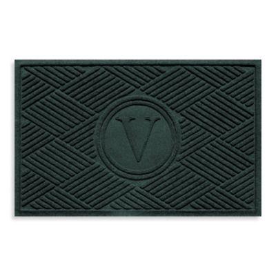 """Weather Guard™ Diamonds Monogrammed """"V"""" 23-Inch x 35-Inch Door Mat in Evergreen"""