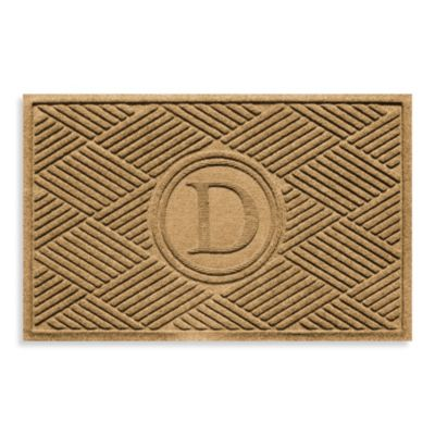 "Weather Guard™ Diamonds Monogrammed ""D"" 23-Inch x 35-Inch Door Mat in Gold"