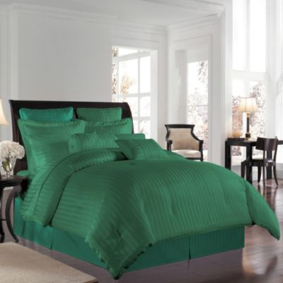 Wamsutta® 500 Damask Twin Comforter Set in Hunter